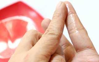 Как убрать засохший супер клей с рук